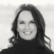 Laura Holoubek